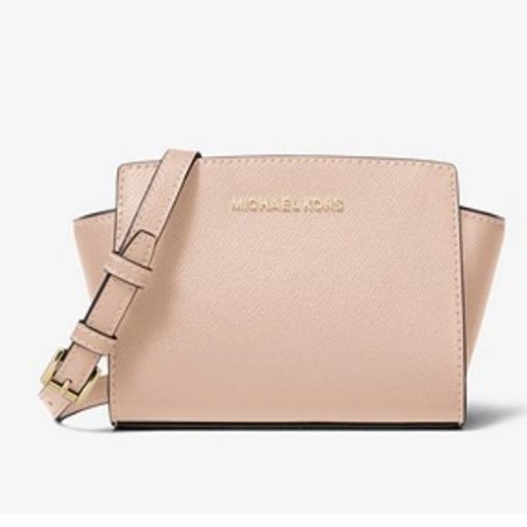 bfac82a6f0f2 Michael Kors Bags | Selma Mini Crossbody Bag Ballet | Poshmark